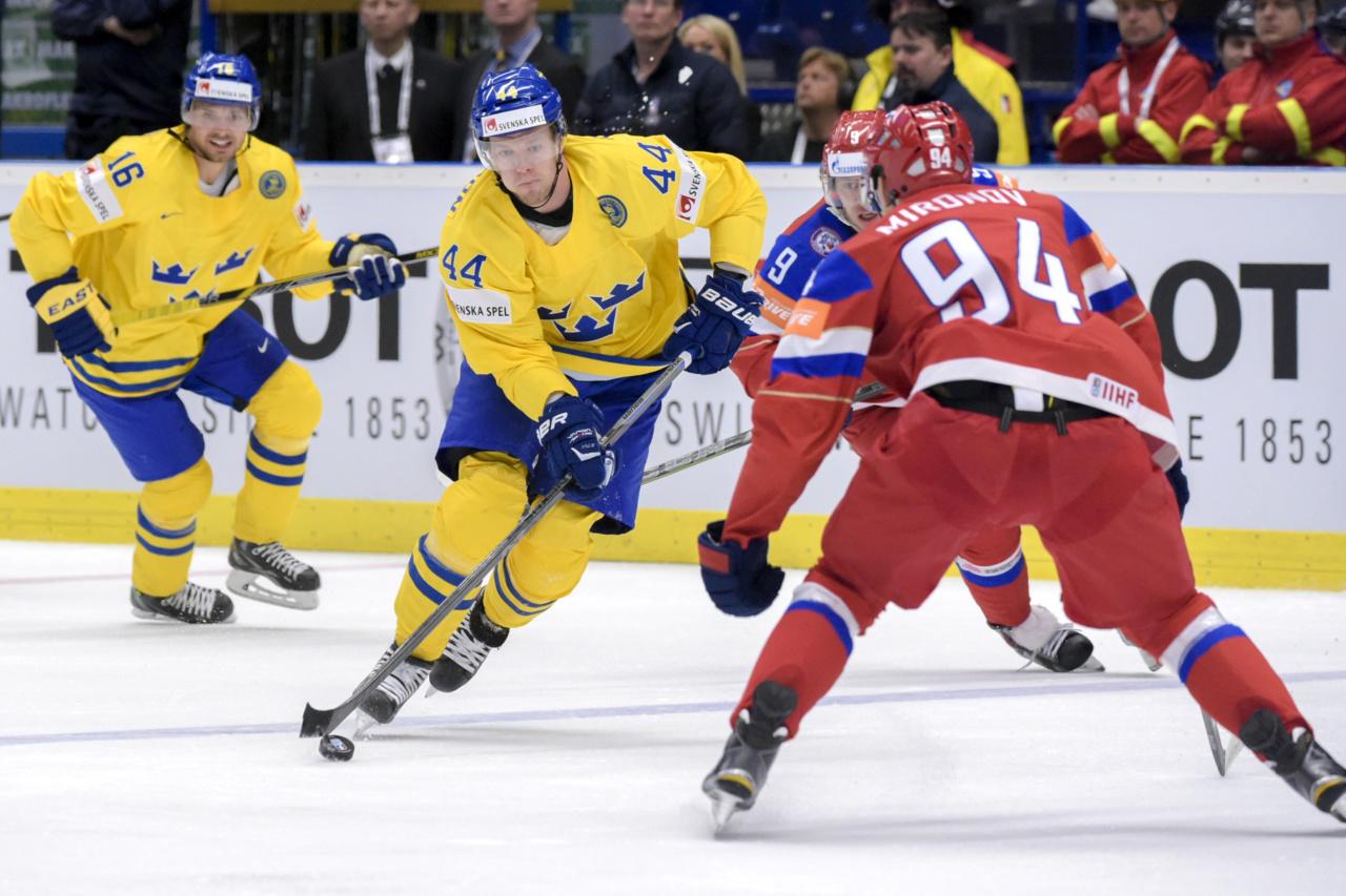 150514 Sveriges Nicklas Danielsson under kvartsfinalen i ishockey-VM mellan Sverige och Ryssland den 14 maj 2015 i Ostrava. Foto: Joel Marklund / BILDBYRN / kod JM / 87007