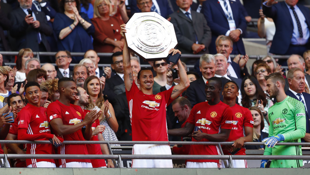"""160807, Fotboll, Community Shield, Leicester City - Manchester United: Football Soccer Britain - Leicester City v Manchester United - FA Community Shield - Wembley Stadium - 7/8/16 Manchester United's Zlatan Ibrahimovic celebrates with the trophy after winning the FA Community Shield  Reuters / Eddie Keogh Livepic EDITORIAL USE ONLY. No use with unauthorized audio, video, data, fixture lists, club/league logos or """"live"""" services. Online in-match use limited to 45 images, no video emulation. No use in betting, games or single club/league/player publications.  Please contact your account representative for further details. © BildbyrŒn - COP 7 - SWEDEN ONLY"""
